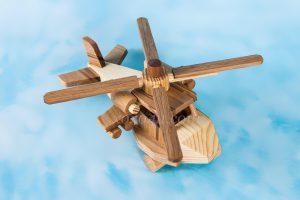 деревянные игрушки вертолеты