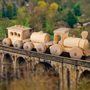 игрушка поезд с 2 вагонами