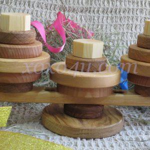 деревянная пирамидка карусель