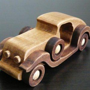 Деревянная машинка в стиле ретро №1
